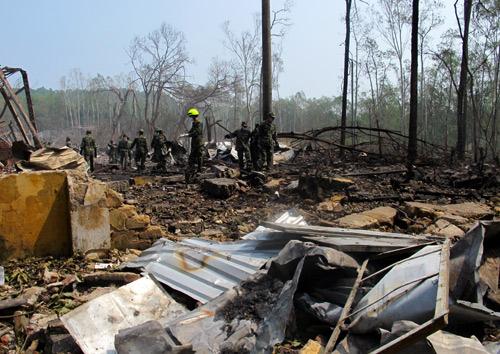 Vụ nổ khiến nhiều ngôi nhà ở lớn đến mức cả khu vực rộng vài nghìn mét tan hoang.