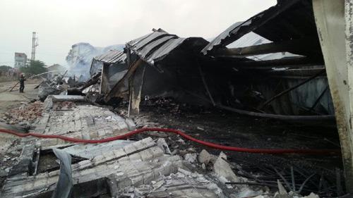 Xã hội - Ảnh: Hiện trường vụ cháy Nhà máy Diana Bắc Ninh (Hình 8).