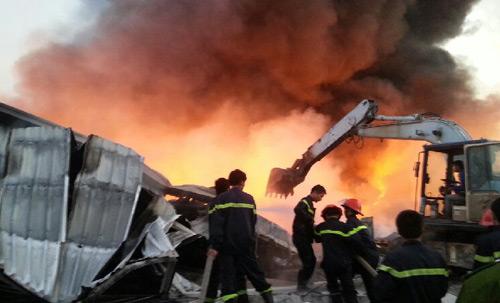 Xã hội - Ảnh: Hiện trường vụ cháy Nhà máy Diana Bắc Ninh (Hình 3).