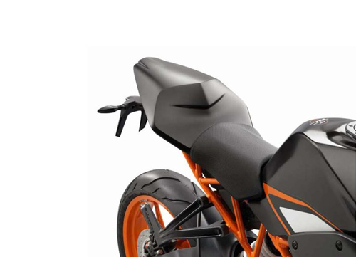 835x603x2014-KTM-RC390-pagespeed-ic-IDo6