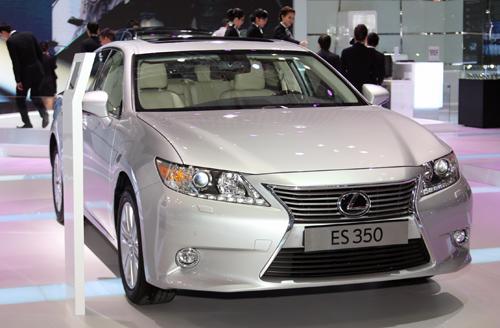 Lexus-ES350-1-1415-1383098923.jpg