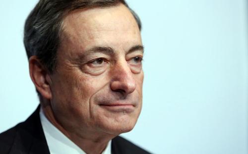 [Caption]Mario Draghi, 65 tuổi, Chủ tịch Ngân hàng Trung ương châu Âu, khu vực tiền tệ lớn nhất thế giới.