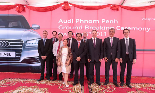 Cac-thanh-vien-lanh-dao-Audi-Campuchia-c