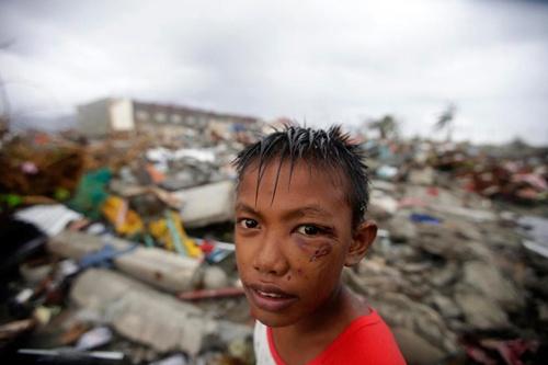 Việt Nam đã gửi thư chia buồn và viện trợ khẩn cấp 100.000 USD cho Philippines. Ảnh: AFP