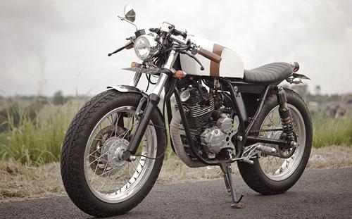 Scorpio-Cafe-Racer-7.jpg