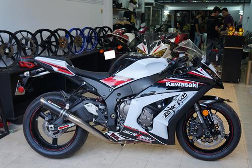 kawasaki-zx-10r-1-5007-1384505582.jpg