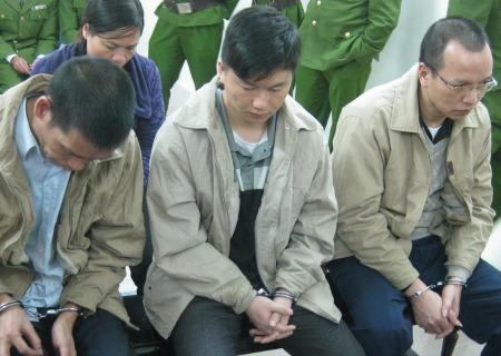 Ba án tử hình cho nhóm buôn 49 bánh heroin