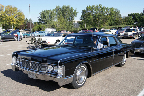 lincoln-continental-8714-1386044007.jpg