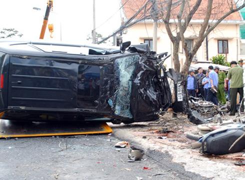 Phó giám đốc Sở lái ôtô gây chết người được miễn tội