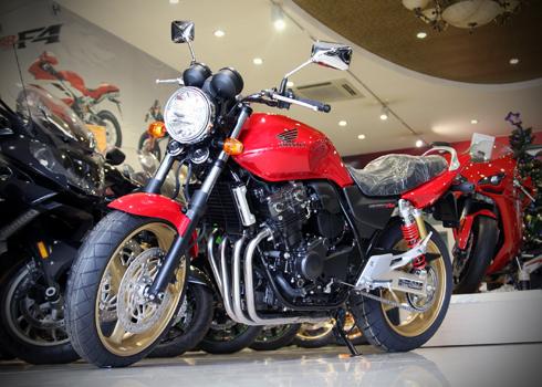 Honda-Cb400-2-2956-1386574620.jpg