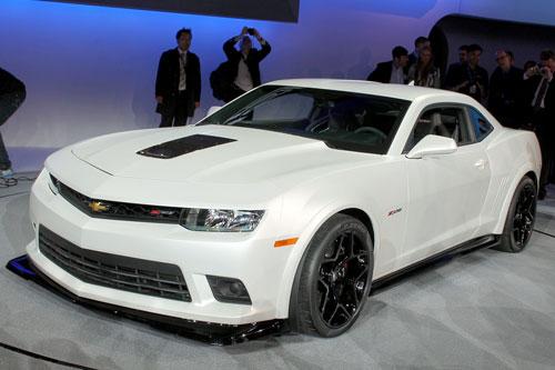 4-Chevrolet-Camaro-Z28-5936-1386993182.j