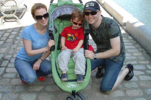 Gia đình Kanarikov khi còn hạnh phúc. Ảnh: Ny Daily News