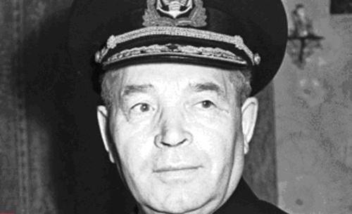 Thuyền trưởng đầu tiên của tàu phá băng nguyên tử  Lenin Pavel Akimovich Ponomarev. Ảnh: АиФ ( Luận chứng và sự kiện- Nga)