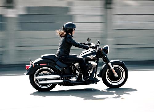 Chị em sẽ Hạnh phúc hơn khi đi xe máy