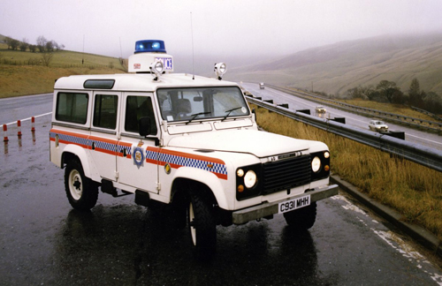 lr-heritage-defender-110-polic-2798-8223