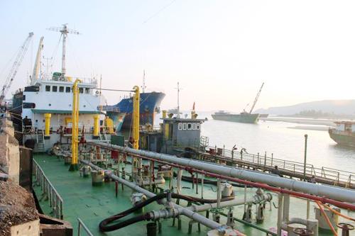 Trùm vận tải biển xứ Thanh bị khởi tố tội buôn lậu
