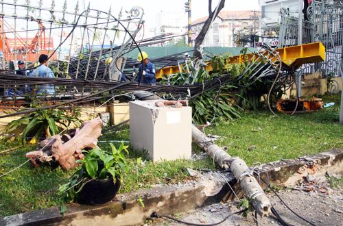 Tác phẩm 'Chiến thắng' của nhà điêu khắc Mai Chửng bị vỡ nát, có khôi phục lại cũng không được như cũ'.