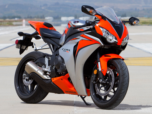 2010-Honda-cbr1000rr-smackdown-8876-2185