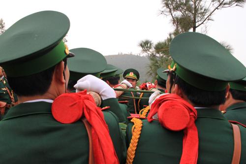Oan-vai-don-khieng-9422-1389442836.jpg