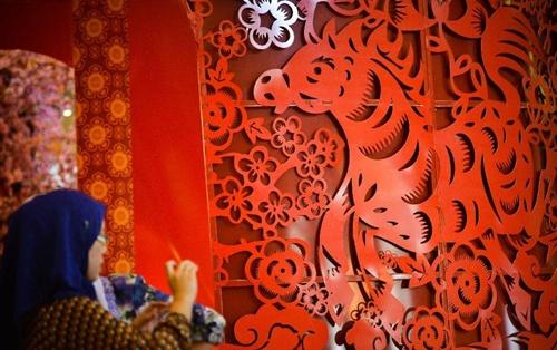 Người Malaysia gốc Hoa là cộng đồng người Hoa lớn thứ ba trên thế giới, sau cộng đồng người Hoa ở Thái Lan và Indonesia. Tại Malaysia, họ chiếm gần 25 % dân số. Ảnh: Xinhua