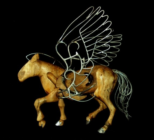 Tulpar-horses-570x519-5878-1390917033.jp