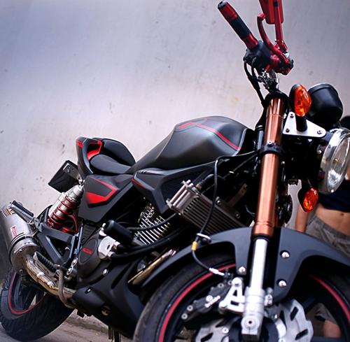Suzuki-EN-150-A-4.jpg