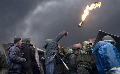 kiev-rose-molotov-2829168a-4007-13929443
