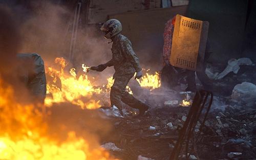kiev-rose-molotov-2829272a-8697-13929443