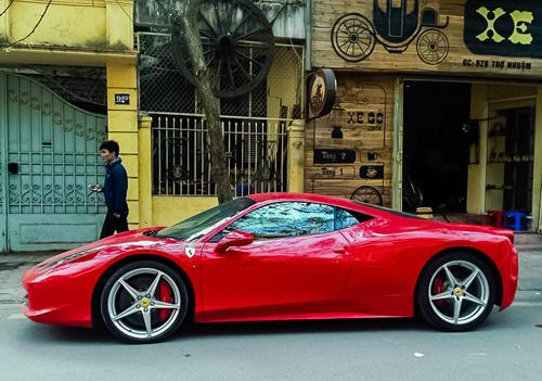 ferrari-458-italia-11.jpg