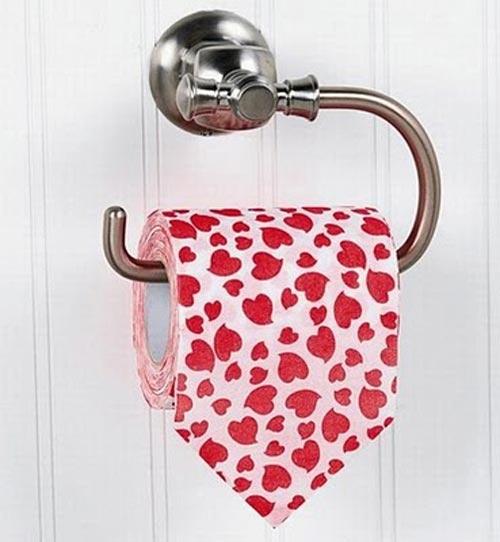 Giấy vệ sinh dành cho những người đang yêu.