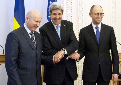Ukraine trước thách thức thăng bằng đông - tây