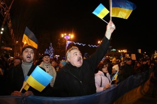 Đụng độ bùng lên ở đông Ukraine