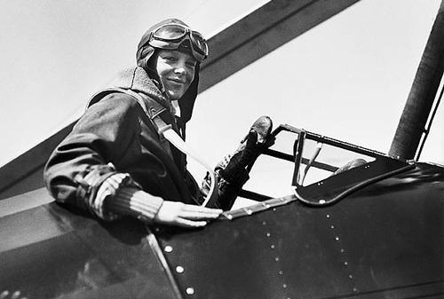 Nữ phi công người Mỹ Amelia Earhart. Ảnh:thebroadside