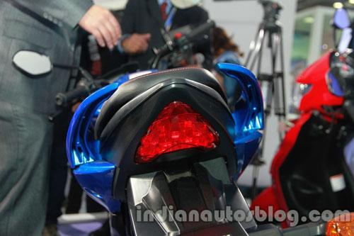 Suzuki-Gixxer-12.jpg