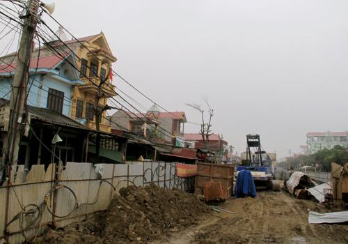 Dân ngăn thi công dự án cầu vượt đường sắt Tam Điệp