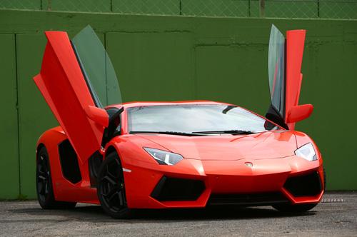 Aventador-1-1-4037-1395306251.jpg