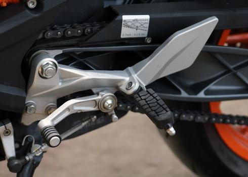 KTM-Duke-390-10.jpg