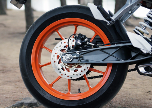 KTM-Duke-390-3.jpg