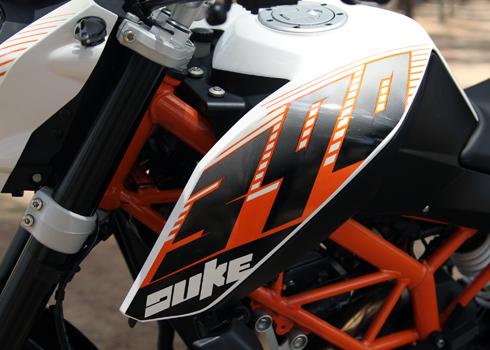 KTM-Duke-390-6.jpg