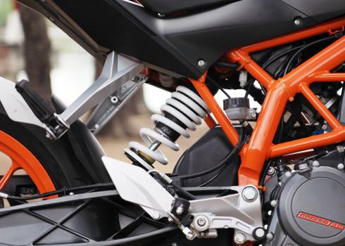KTM-Duke-390-8.jpg
