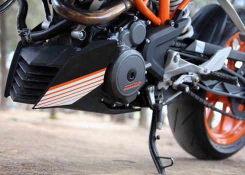 KTM-Duke-390-9.jpg
