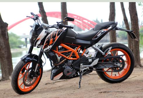 KTM-Duke-390-1-5813-1395851216.jpg