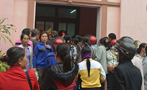 Dân vây tòa sau vụ xử cả làng đánh chết 2 người nghi trộm chó
