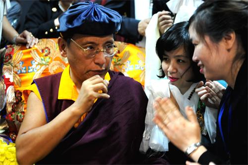 d15 9263 1396589634 Pháp Vương Gyalwang Drukpa rạng rỡ đến Việt Nam