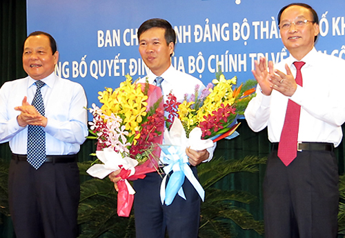 Vo-Van-Thuong-nham-chuc.jpg
