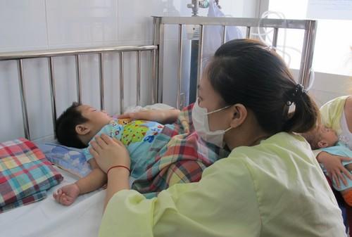 Bộ Y tế cũng nhận định thời gian tới, số trường hợp sởi nặng và tử vong sẽ tiếp tục gia tăng do nhiều bệnh nhân là trẻ nhỏ, diễn biến nặng đang phải điều trị trong thời gian dài. Do quá tải bệnh viện nên kiểm soát tình trạng lây nhiễm khó khăn.