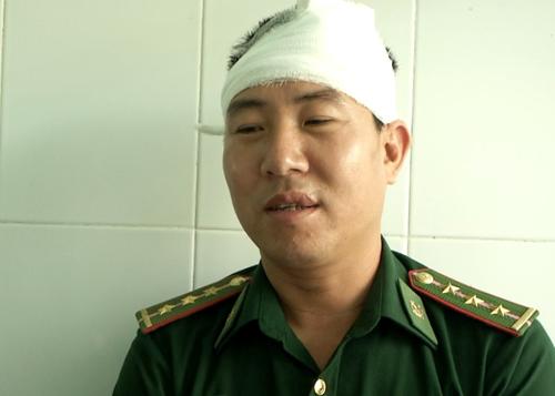 Đại úy Lê Thế Hưng, trạm trưởng trạm Kiểm soát biên phòng Bắc Phong Sinh, người đối mặt với nhóm người Trung Quốc manh động, xả súng ở cửa khẩu