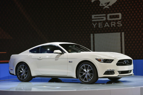 2015-Ford-Mustang-Anniversary-9289-9296-