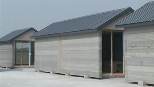 Dựng 10 ngôi nhà trong một ngày bằng máy in 3D