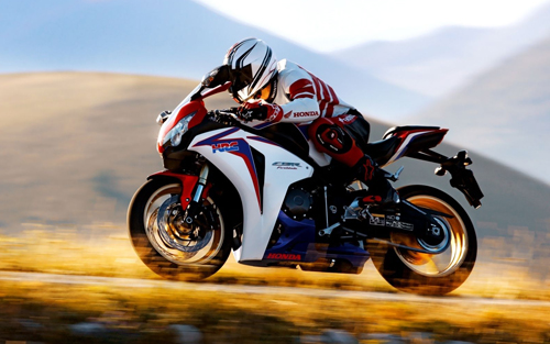 Honda-CBR1000RR-Fireblade-4749-140029872